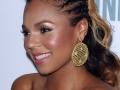Ashanti inspira penteados e cortes de cabelo para negras