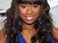 Jennifer Hudson inspira penteados e cortes de cabelo para negras