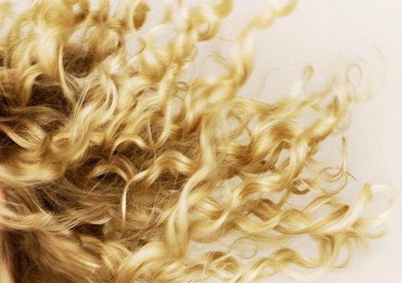 Foto de cabelos cacheados