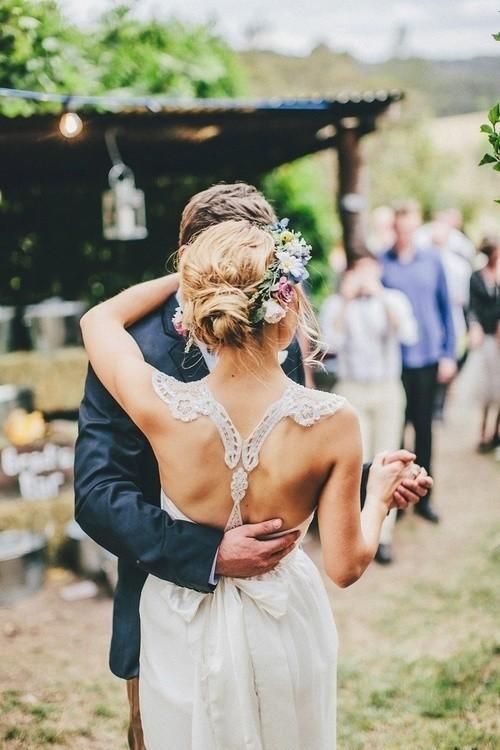 Som para festa de casamento com economia