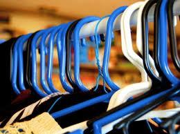 25 coisas que não podem faltar no seu guarda roupa