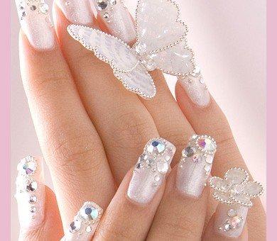 foto de unhas decoradas para inspiração de noivas