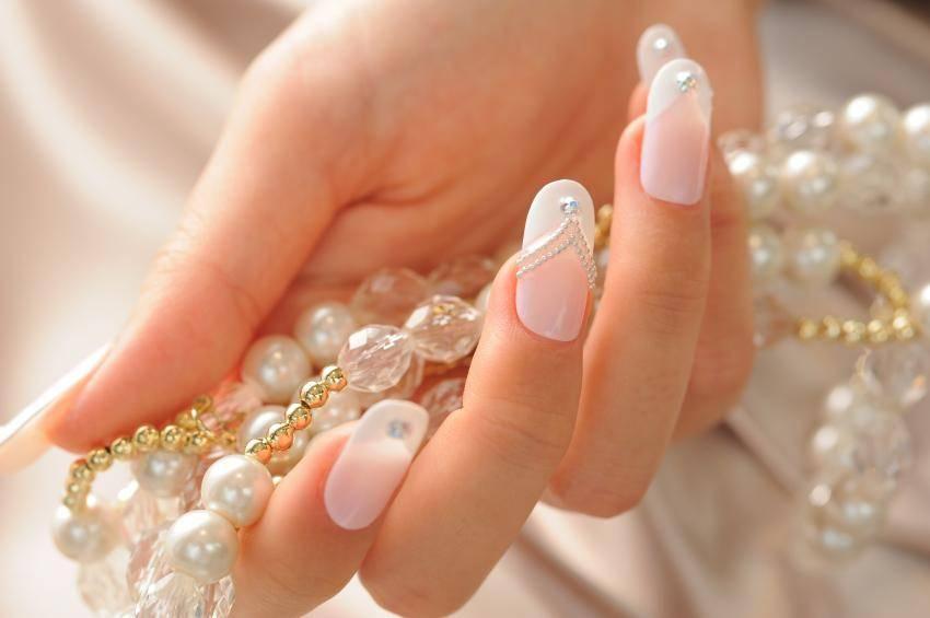 lindas unhas para noivas