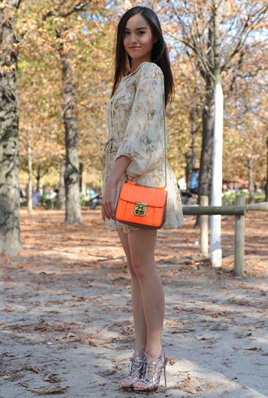 bolsa da cor laranja