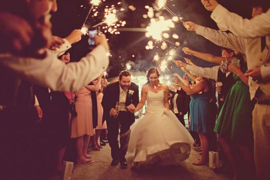 álbum de casamento precisa registrar a saída dos noivos