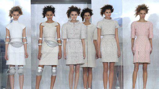 penteado da chanel na Semana de alta costura de Paris