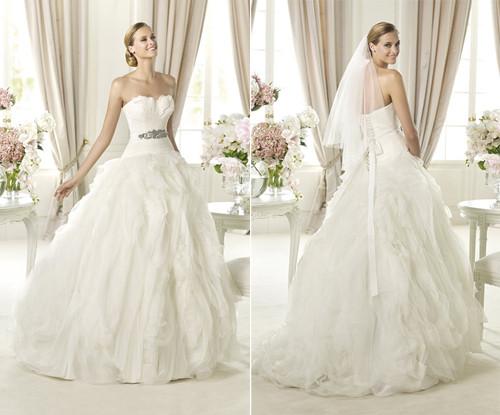 vestido de noiva tomara que caia  com corte A
