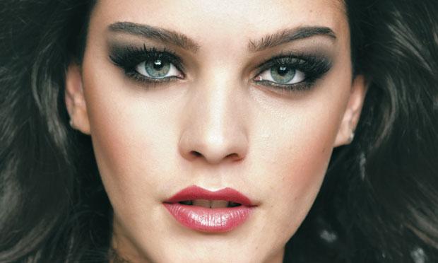 maquiagem para o inverno 2014 com Olho escuro para noite
