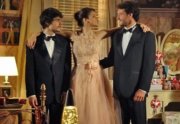 vestido de Helena em Em Familia