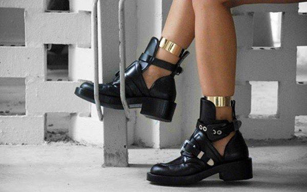 botas femininas com Recortes laterais
