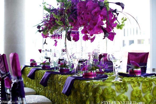 decoração de casamento com Radiant Orchid