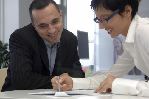 ajudar no trabalho pode transformar sua vida