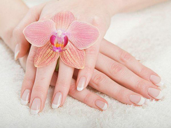 cuidar das mãos prevenindo rachaduras