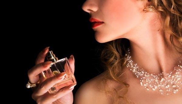 10 perfumes para noivas