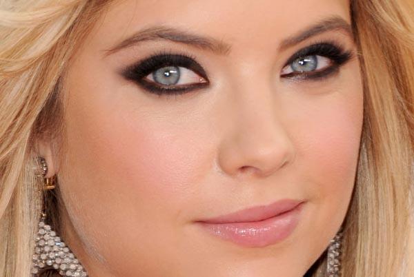 maquiagem para loiras inspirada em Ashley Benson