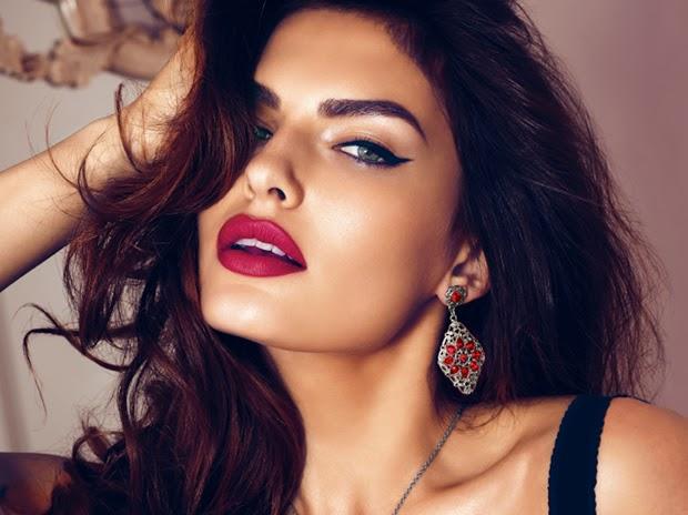 Sugestões de perfumes para mulheres sedutoras