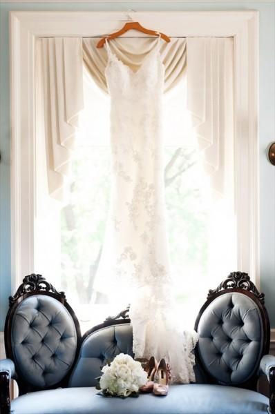 wedding-dress-hanging1