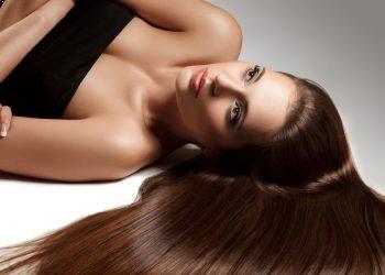 Ter o cabelo liso é o desejo da grande maioria das mulheres