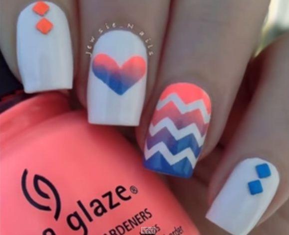 Nail art em zigue zague em gradiente