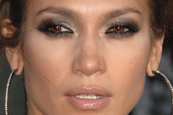 Combinar Maquiagem com Olhos Castanhos