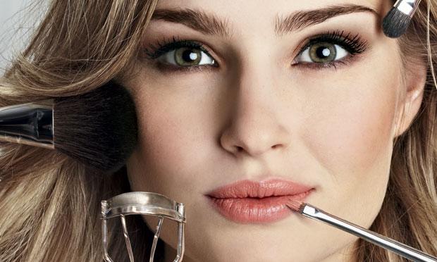 como-fazer-uma-maquiagem-perfeita-1