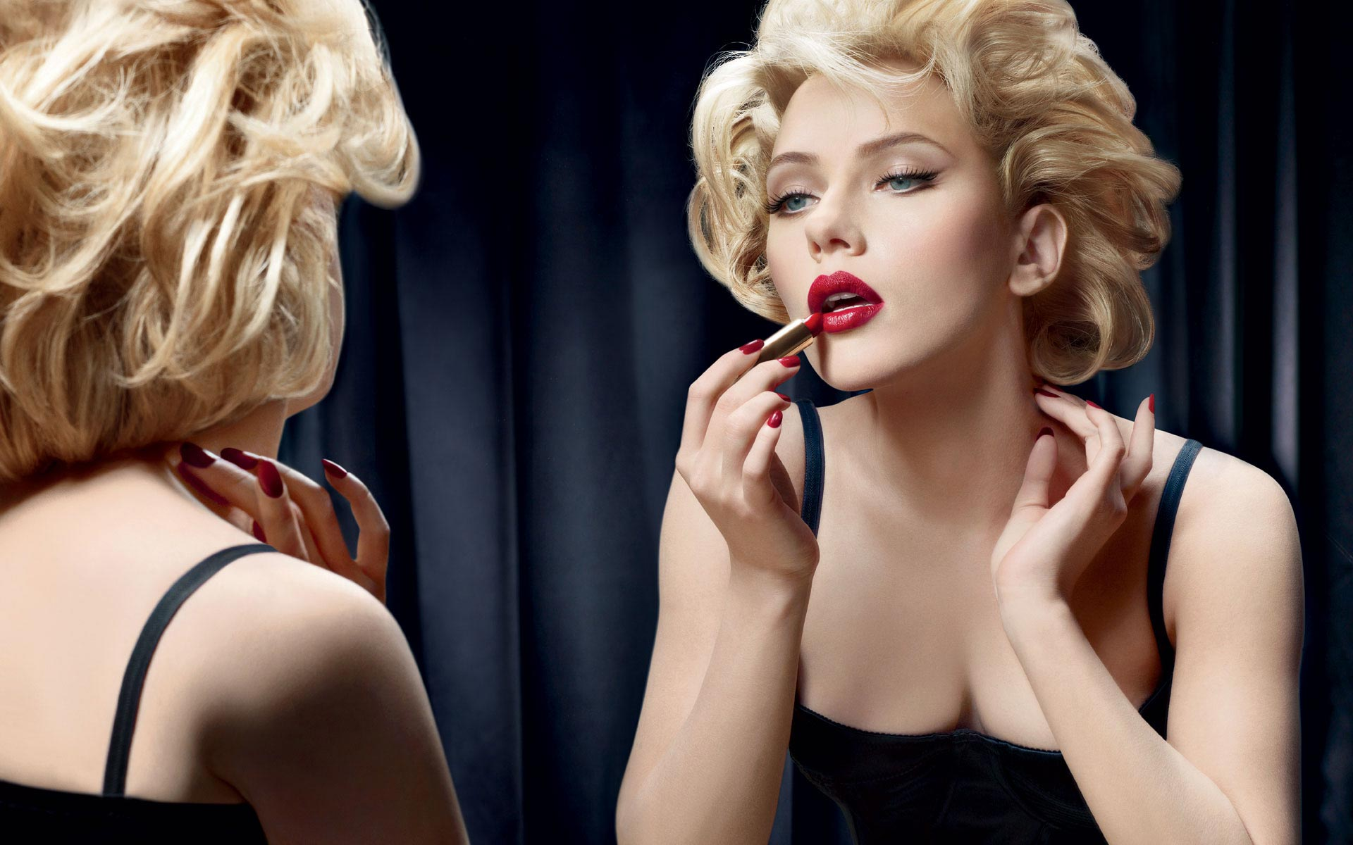 lipstick-scarlett
