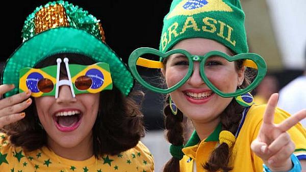 look verde e amarelo da mulher brasileira