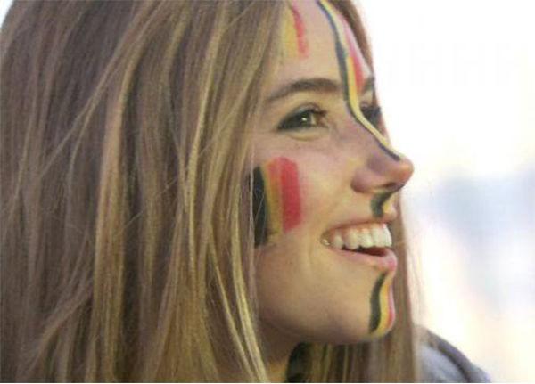 torcedora belga Axelle Despiegelaere modelo da Loreal ja recebeu convite de casamento