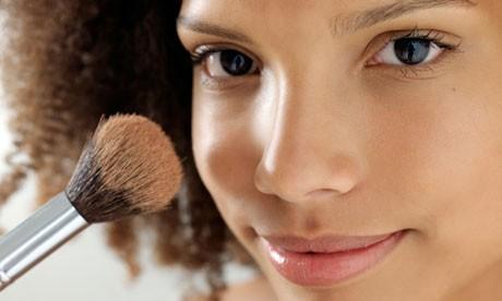base que deve ser usada na maquiagem para negras