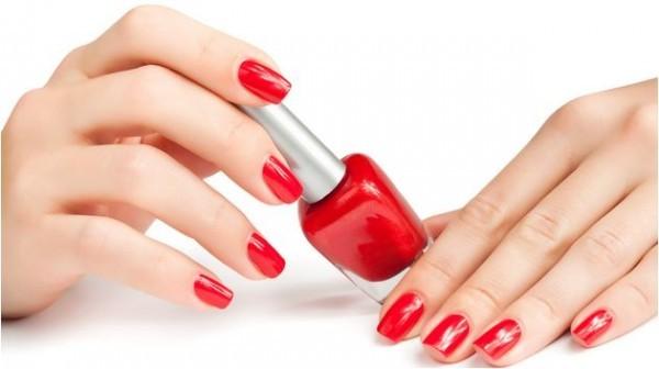 Esmalte Vermelho para cada tipo de pele