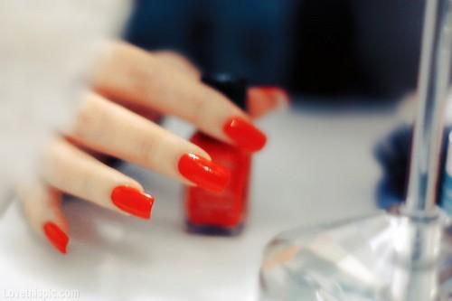 esmalte vermelho bonito