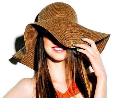 Abusar de chapéus, bonés e lenços prejudica o Cabelo oleoso