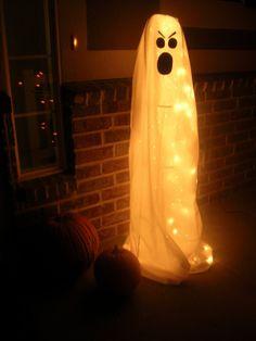 fantasma de lençol para festa de Halloween