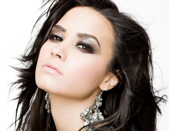 Demi Lovato inspiração de Makes para Halloween