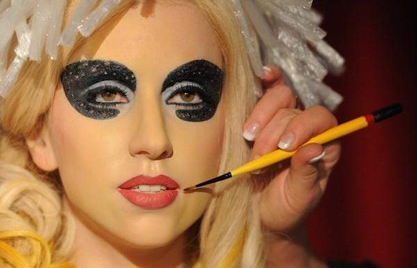 Lady Gaga é inspiração de Makes para Halloween