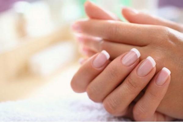 Rituais de Beleza Noturno com as Mãos