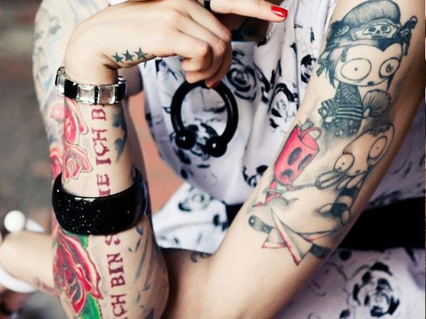 Fazer uma tatuagem sem se preocupar com o tamanho e o local é um erro
