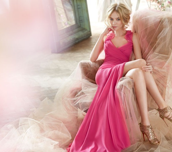 jim-hjelm-occasions-bridesmaid-crinkle-chiffon-a-line-gown-halter-ruffled-neckline-draped-empire-bodi