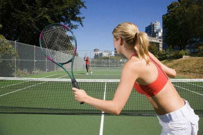 Resultado de imagem para jogando tenis