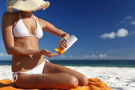 protetor solar para cuidar da saúde no verão