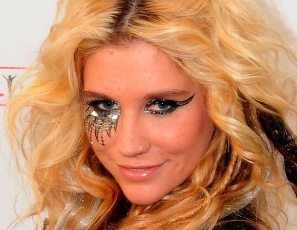 Maquiagem de carnaval da cantora Ke$ha