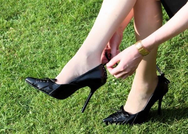 Como evitar marcas no calcanhar