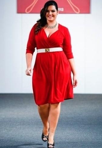 vestido vermelho para compor looks para gordinhas