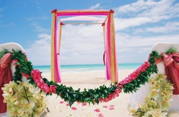Dicas de trajes para casamento no verão