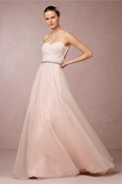 Vestido de Noiva Tomara que Caia para Casamento no Verão