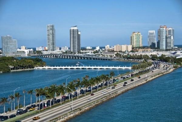 Viajar sozinho para Miami