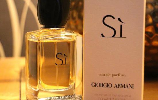 Si, Giorgio Armani entre os Perfumes Importados Femininos Mais Vendidos