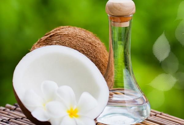 óleo de coco para ter uma pele impecável