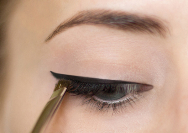 Well-known 10 dicas de maquiagem para mulheres de olhos pequenos - Site de  UQ29