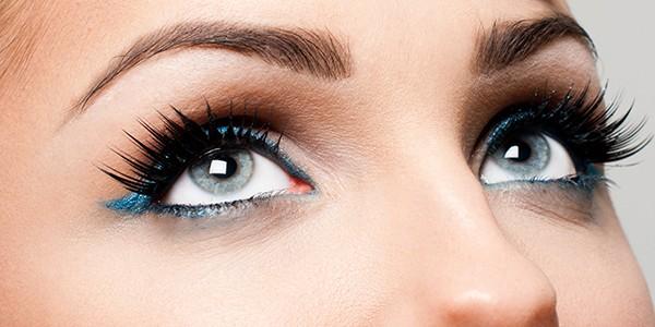 maquiagem para olhos pequenos